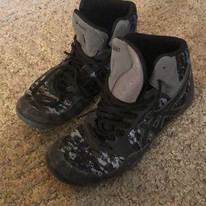 Wrestling shoes 🤼♂️